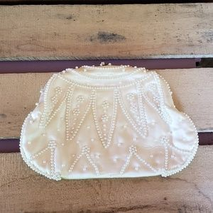 Handbags - Pretty white vintage clutch with pearl accents
